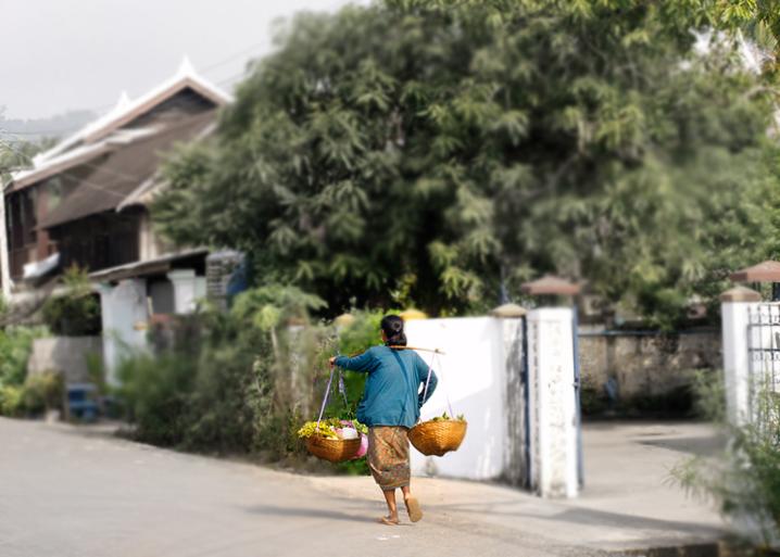 laos-03-blur
